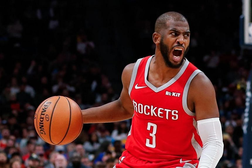 Chris Paul strains left hamstring, leaves game vs. Heat