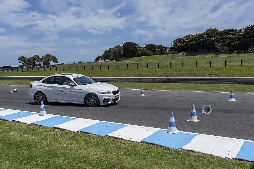 Performing a sudden lane change under hard braking to avoid an obstacle was one of the exercises in the course. BMW M cars were put through their paces at the Phillip Island Grand Prix Circuit.