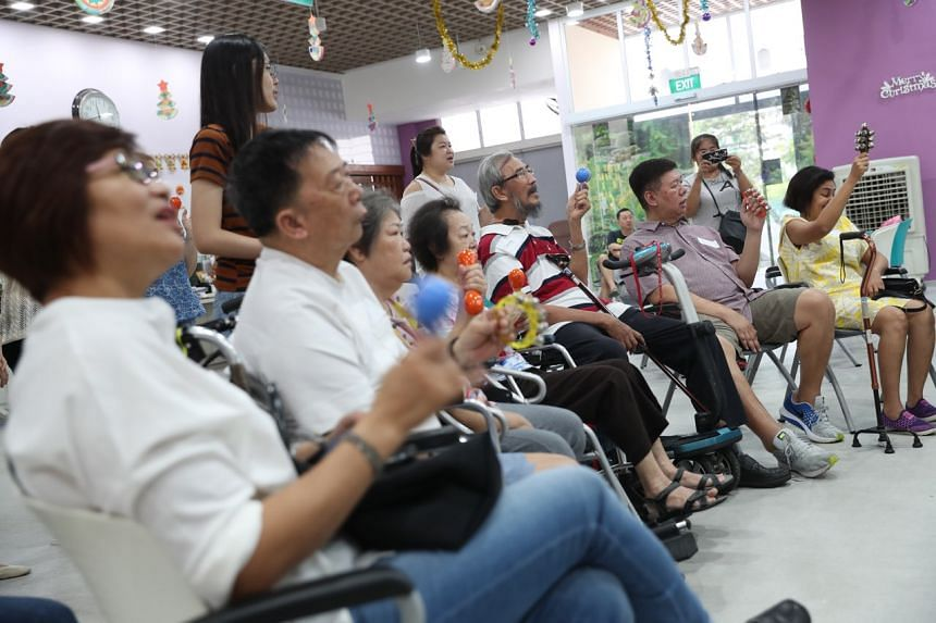Chit Chat Cafe held its first official session on Dec 22, 2018, at the NTUC Health Silver Circle Senior Care Centre in Serangoon Central with the help of 17 volunteers.