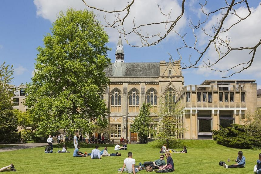 Balliol College, the oldest college of Oxford University. Since 1937, every British premier who went to university went to Oxford, with the sole exception of Mr Gordon Brown, a Scot who went to the University of Edinburgh. And many of them had been m