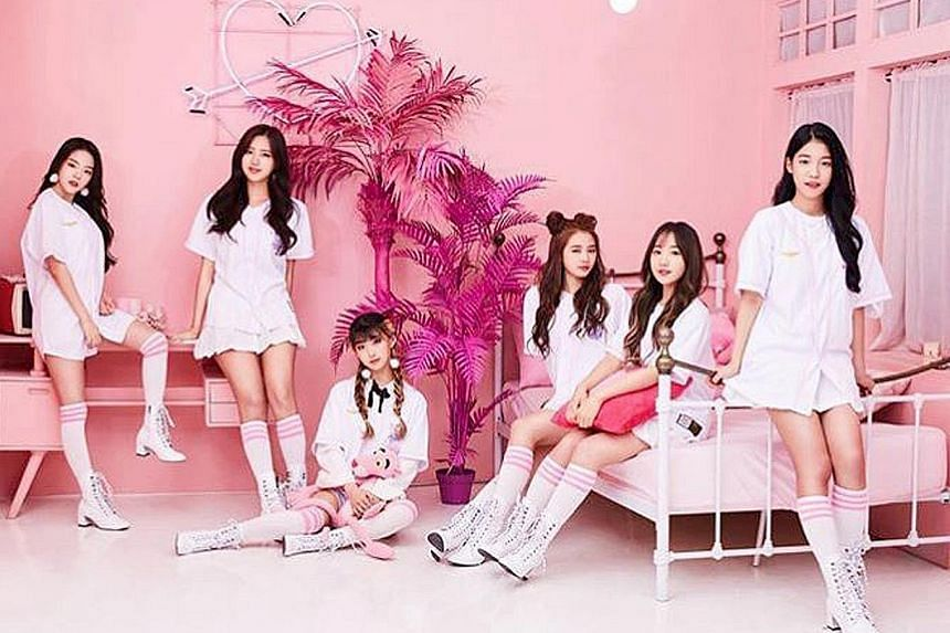 "There is a new girl group in the K-pop scene. Billing itself as the first ""e-sports girl group"" in South Korea, Aqua hopes to incorporate gaming into the growing music scene, The Korea Herald reported. At first glance, the six-piece group consisting"