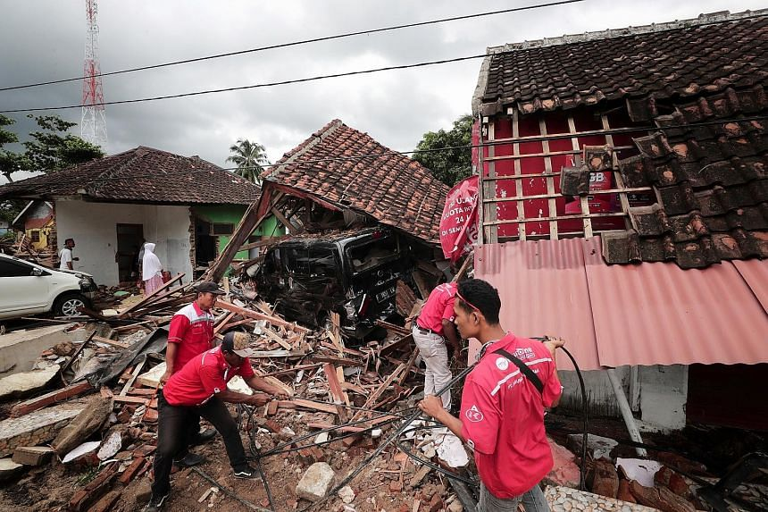 Indonesians call for better response to tsunami disaster
