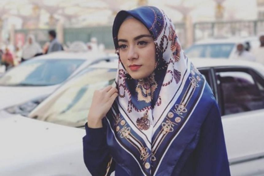 Tens of thousands of sympathetic messages were posted to Riefian Fajarsyah's social media accounts, including those from celebrities and politicians.