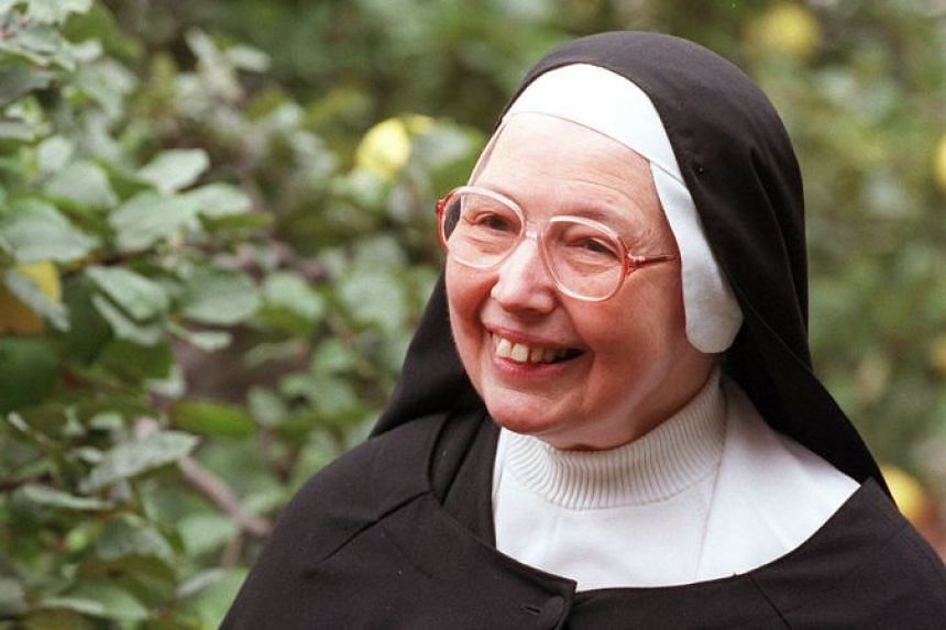 Sister Wendy Beckett, who soared to international stardom with her BBC documentaries on the history of art, in 1997.