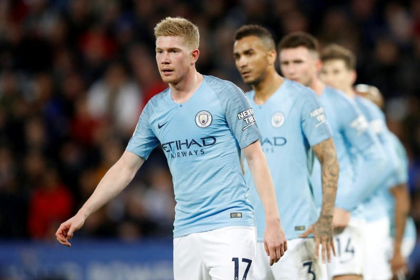 Manchester City's Kevin De Bruyne and his teammates during the English Premier League football match between Leicester City and Manchester City at King Power Stadium on Dec 26, 2018.