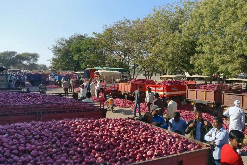 In Maharashtra, India's top onion producing state, farm prices have fallen 83 per cent, dragged down by surplus supplies from the previous season's crop and lower export orders from the Middle East and South-east Asia.