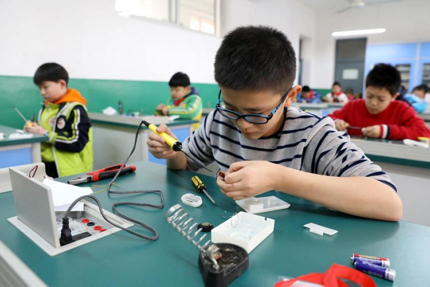 The Chinese government said in a notice that schools should scrap written assignments for first- and second-graders, and that homework shall not exceed 60 minutes for third- to sixth-graders, and 90 minutes for junior highschoolers.