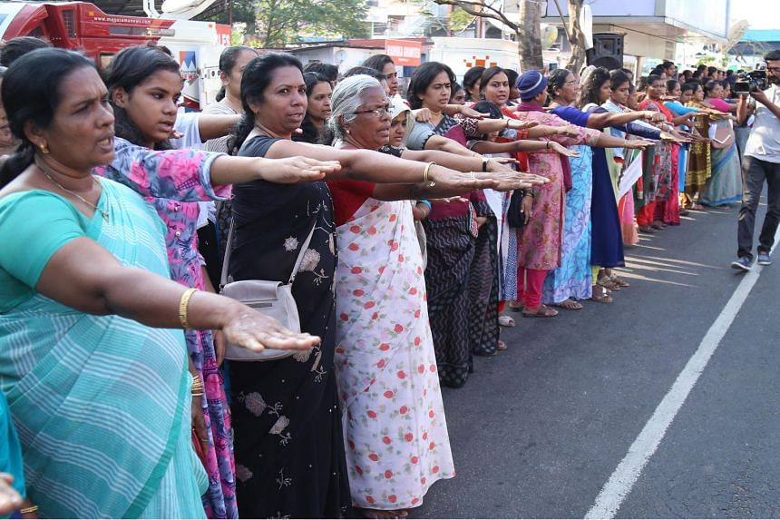 Media reports and supporters of the initiative claimed hundreds of thousands of women formed a human chain across the 620km-length of the state.