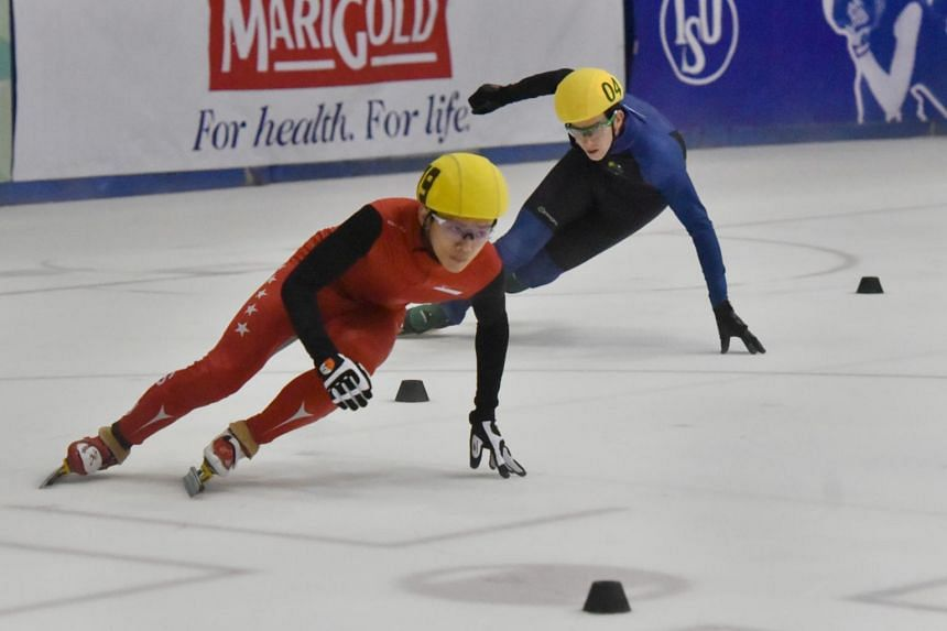 Singapore's Lucas Ng and Australia's Luke Cullen in action in the 500m race of the SEA Open Short Track Trophy on Jan 5, 2019.