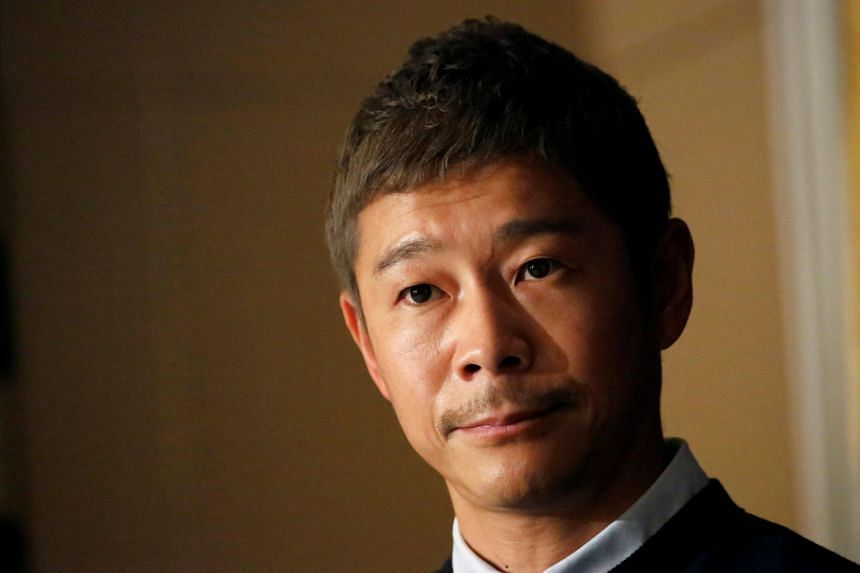 Japanese billionaire uses his money to gain 'most retweeted post' honor