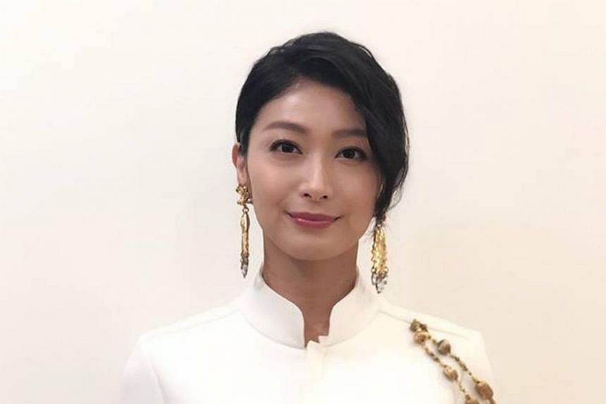 Ke Huan-ru rose to prominence after a supporting role in the television serial Meteor Garden (2001), which starred Jerry Yen, Vic Chou, Ken Chu and Van Ness Wu.