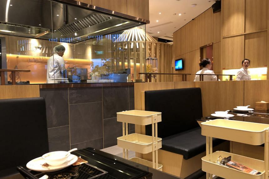 Little Sheep Hot Pot in One Fullerton is the first outlet here of a well-known chain from China which started in 1999 in Inner Mongolia and is better known by its Chinese name Xiao Fei Yang.