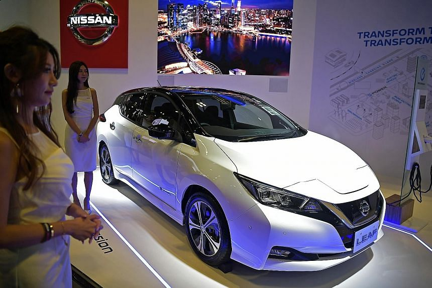 To kick off its move towards electric vehicles, the carmaker unveiled the battery-powered Leaf at the Singapore Motorshow yesterday.