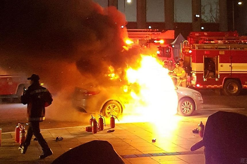 A taxi driver in South Korea died after setting himself on fire in his cab on Wednesday, the second such suicide in a month over the introduction of a ride-sharing service.