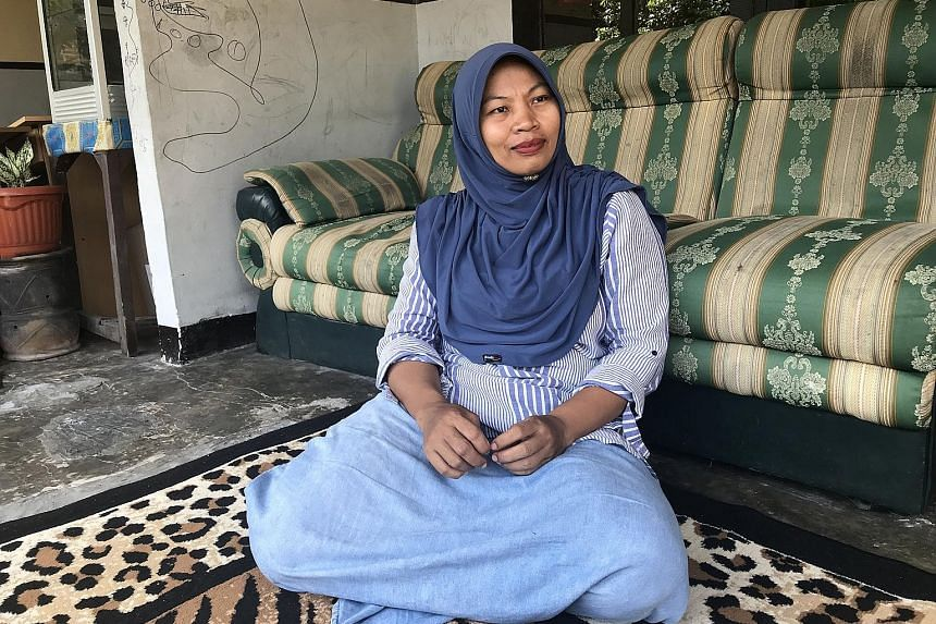 Ms Nuril Maknun's boss accused her of criminal defamation when he learnt of the recording. She was charged with distributing obscene material. The trial court cleared her but the Supreme Court overturned the verdict.