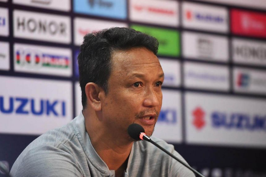 Fandi Ahmad speaking at the press conference after an Asean Football Federation Suzuki Cup match in Bangkok, on Nov 25, 2018.