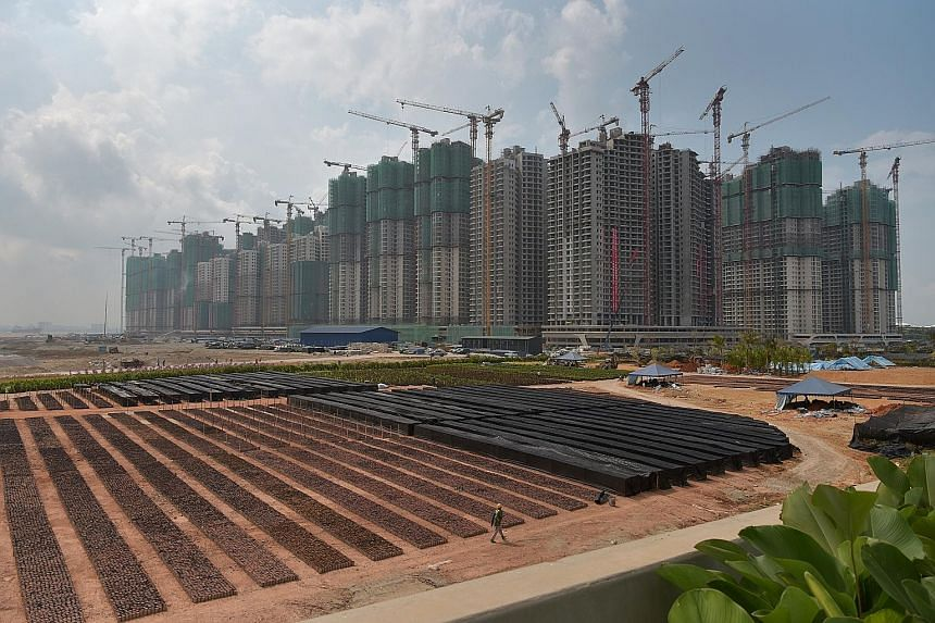 The Forest City residential project in Johor Baru by Chinese developer Country Garden. According to one analyst, Singaporean investments in Johor will be crucial in the future as Chinese investors pull back from the state amid cooling China-Malaysia