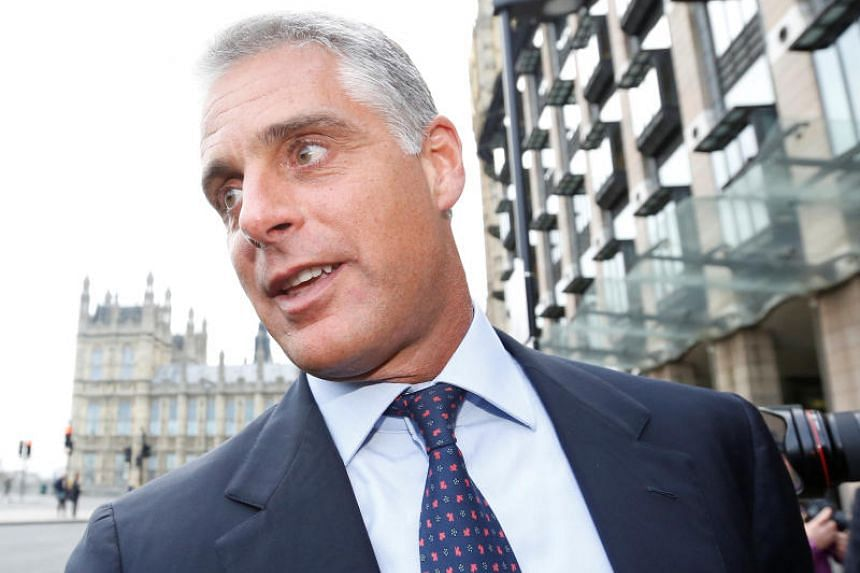 Mr Andrea Orcel 's deal to become CEO of Banco Santander unravelled over who would pay him the more than US$50 million (S$67.8 million) in deferred compensation he was owed by his previous employer, UBS.