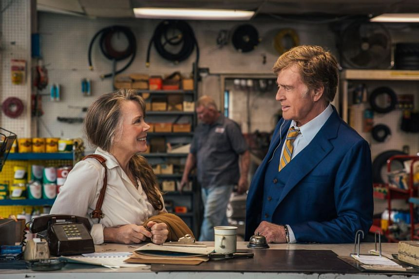 Still from The Old Man And The Gun starring Robert Redford and Sissy Spacek.
