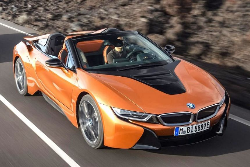 Car models such as the BMW i8 already offer laser light options.