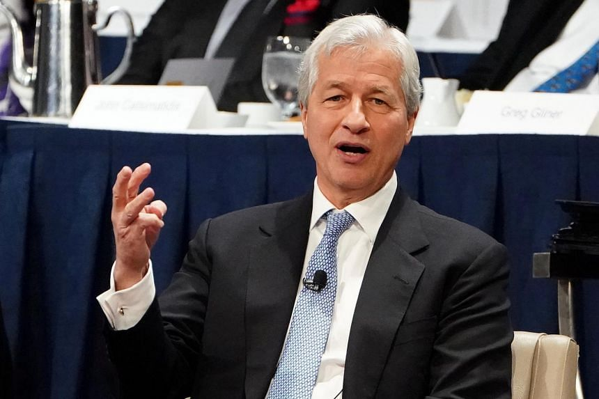 Compensation for Jamie Dimon, chief executive of JPMorgan Chase, the biggest US bank by assets, hit US$31 million (S$42.2 million) in 2018.