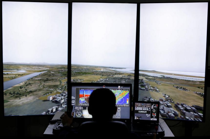 US airlines tap army helicopter pilots to ease shortage, United