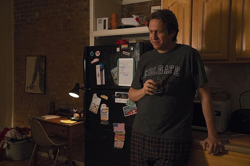 In the new season of Crashing, Pete Holmes' struggling-comedian character has to contend with the fact that straight white men no longer corner the stand-up comedy market.