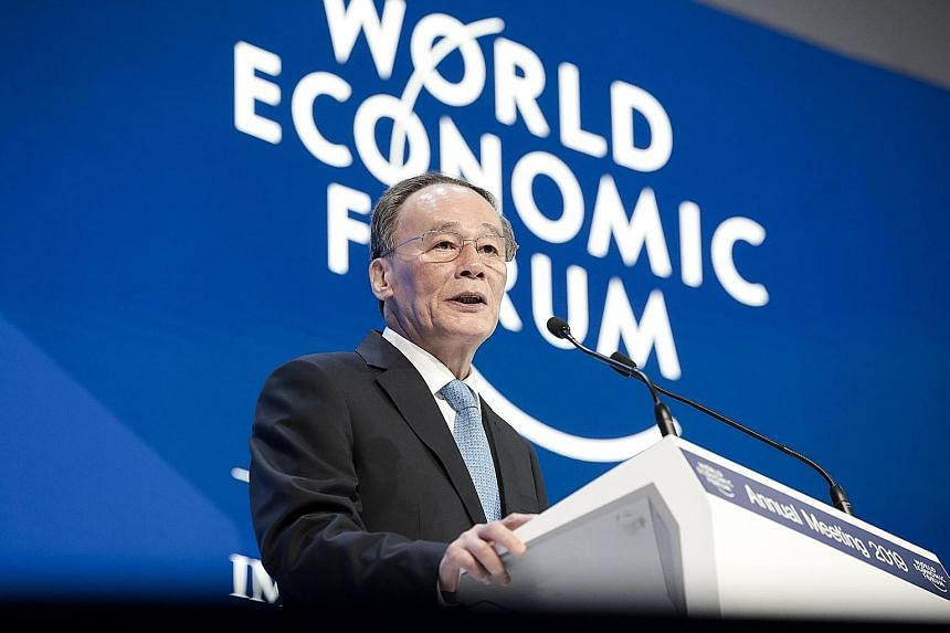 Addressing the World Economic Forum yesterday, Chinese Vice-President Wang Qishan urged countries to press on with structural reforms to deal with widening income inequality and global developmental imbalances.