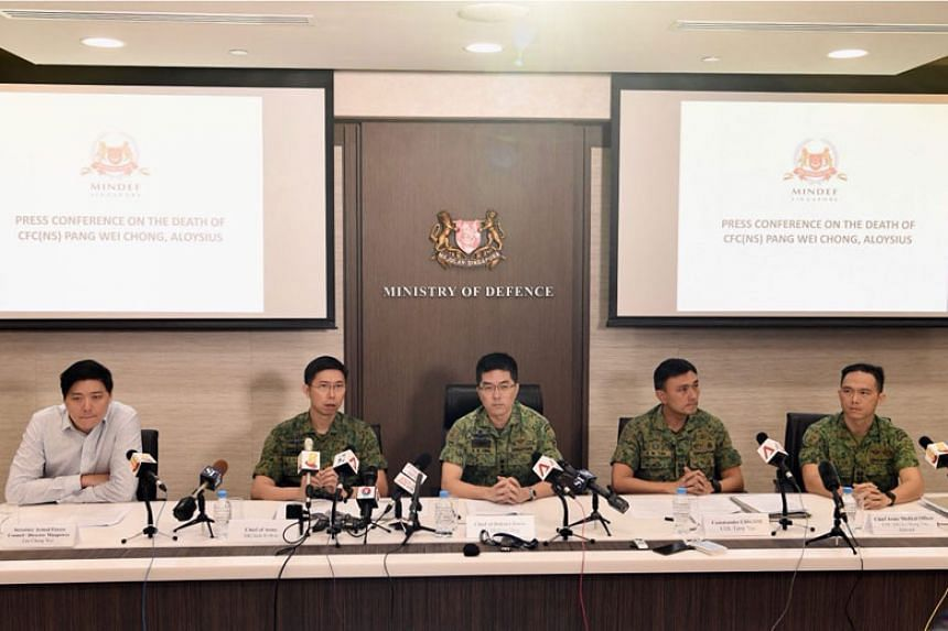 (From left) Secretary of the Armed Forces Council and director of manpower Lee Chung Wei; Chief of Army, Major-General Goh Si Hou; Chief of Defence Force, Lieutenant-General Melvyn Ong; Commander CSSCOM (Combat Service Support Command), Colonel Terry