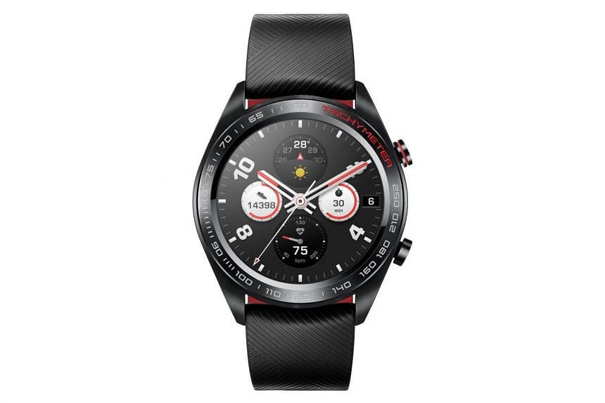 The Honor Watch Magic is made of biodegradable nylon plastic with a scratch-resistant ceramic surface. PHOTO: HONOR