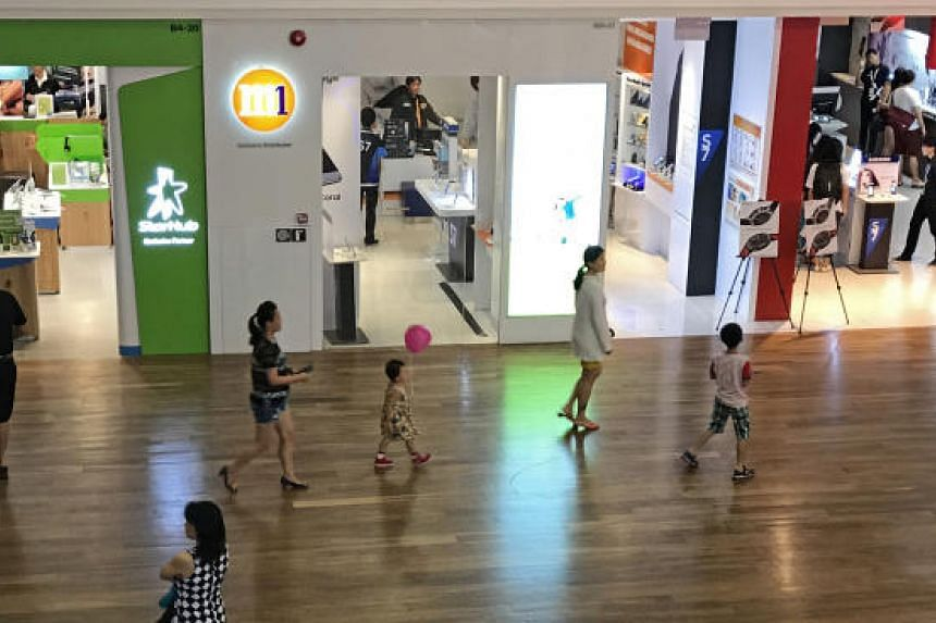 With Singapore set to entertain at least seven mobile service providers in 2019, industry revenues will keep on sliding, said Moody's analysts.