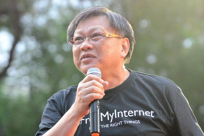 Blogger Leong Sze Hian (pictured) had shared on his Facebook page an article alleging that PM Lee had helped to launder money from the 1MDB.