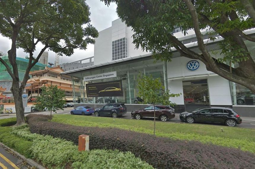 Several car showrooms along Alexandra Road, including that of Volkswagen (pictured) and Kia, were recently visited by two men who offered to buy cars with cheques that were later cancelled