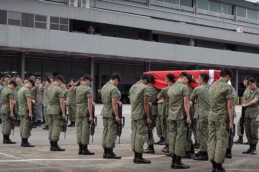 CFC (NS) Aloysius Pang was accorded a homecoming ramp ceremony with the Chief of Army in attendance, a guard of honour and fellow soldiers of the artillery formation as his body arrived at Paya Lebar Air Base yesterday.