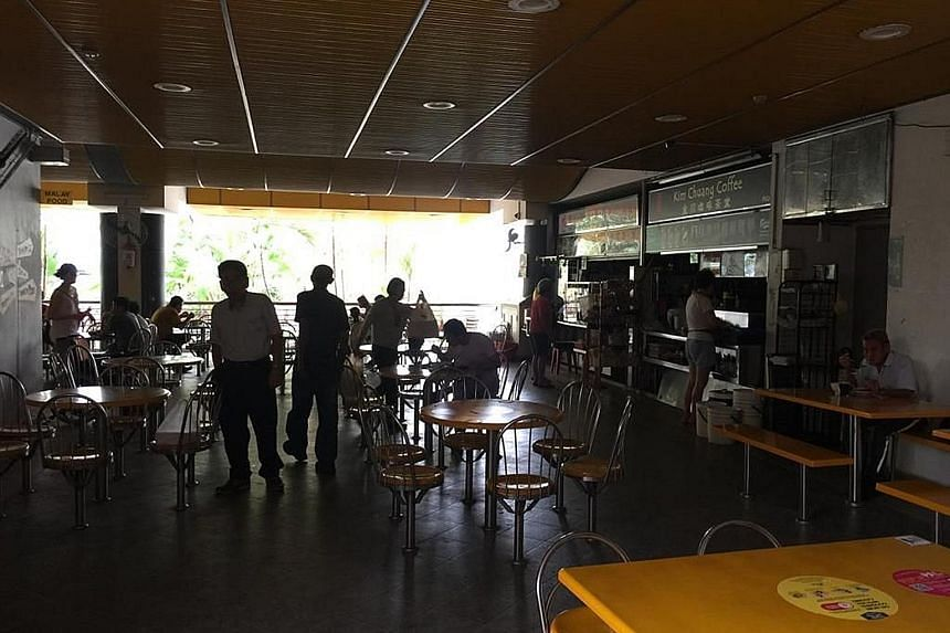 Shunfu Market was among places hit by yesterday's power outage. The disruption affected parts of Ang Mo Kio, Bishan, Sin Ming and Thomson. Electricity provider SP Group said power supply was fully restored at 2.58pm.