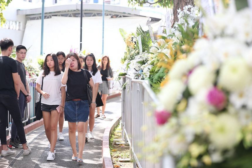 Many fans who turned up to pay their respects on Jan 27 spoke about a connection to the late actor.
