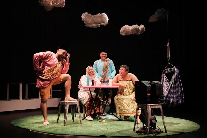 (from left) Adib Kosnan, Moli Mohter, Hafidz Abdul Rahman, Izzul Irfan in Angkat at the M1 Singapore Fringe Festival 2019.