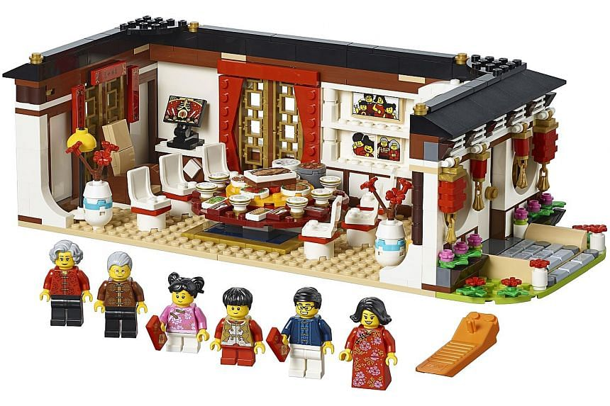 Lego chinese new year-themed sets.