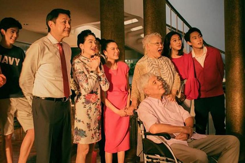 Watch mystery and melodrama unfold in Thai drama In Family We Trust, where there is a murder in an illustrious family.