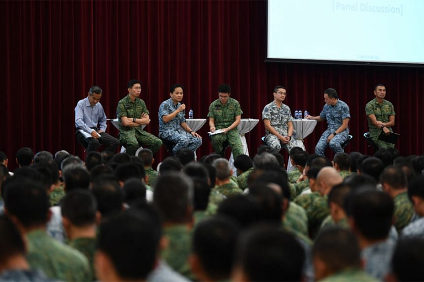 Chief of Defence Force Melvyn Ong (centre) with Chief of Army Goh Si Hou (second from left), Chief of Air Force Mervyn Tan (third from left), Chief of Navy Lew Chuen Hong (third from right) during a panel discussion at the SAF Command Call.