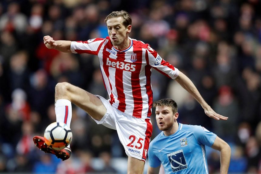 Peter Crouch in action for Stoke City in January 2018.