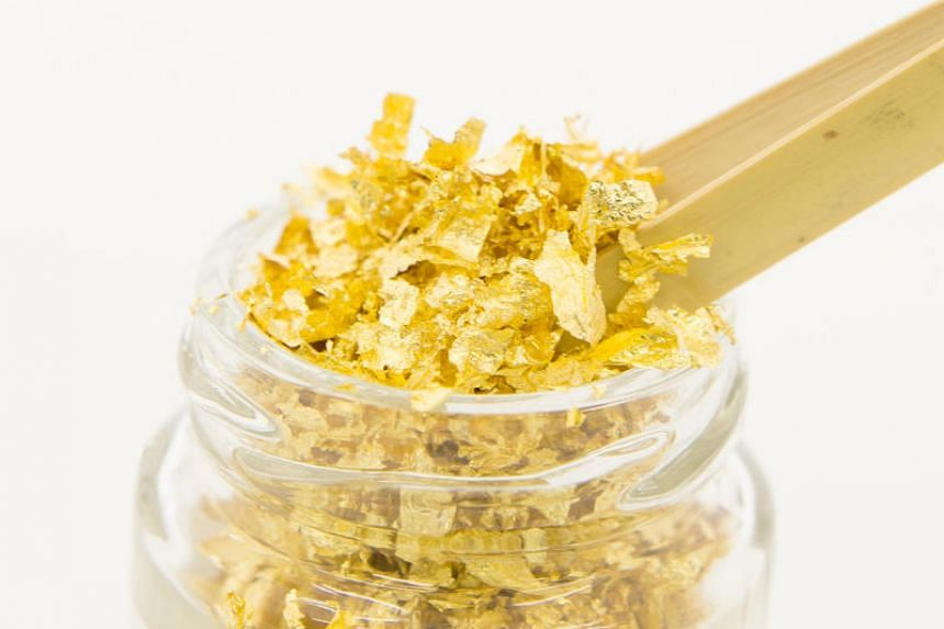 There is no flavour to edible gold, which is used purely for aesthetic purposes to jazz up a dish or drink.