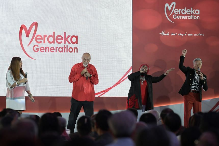 (From left) Jacintha Abisheganaden, Mel Ferdinands, Rahimah Rahim and Dick Lee performing at the tribute event for the Mederka Generation.