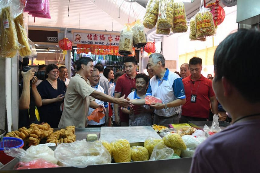 Prime Minister Lee Hsien Loong visiting Teck Ghee Court Market and Food Centre on Feb 3, 2019.