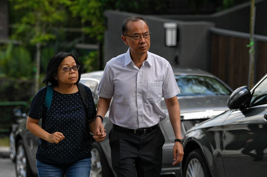 Former minister George Yeo and his wife, Jennifer, visiting the wake of Mr Goi, on Feb 4, 2019.