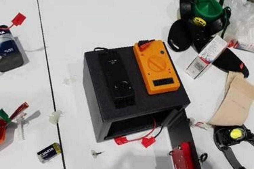 Queensland police published a photograph of the fake bomb on their Twitter account.
