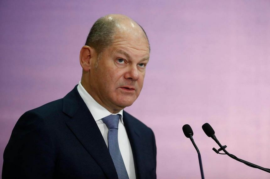 The prospect of budget deficits would represent a dramatic deterioration in the finances of Europe's biggest economy, reports Finance Minister Olaf Scholz.