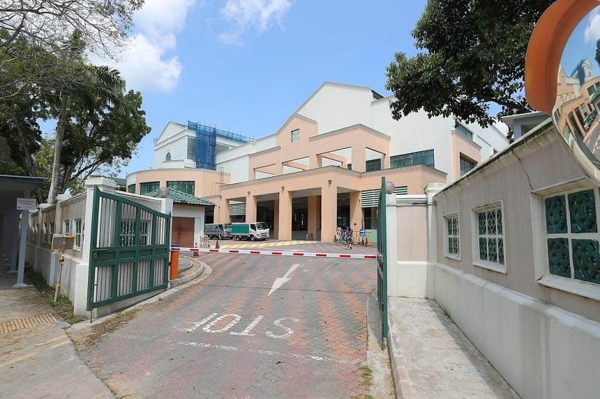 A student at Singapore Chinese Girls' School has been diagnosed with tuberculosis and some of her classmates have been told to go for screening in case they have also caught the infectious disease.