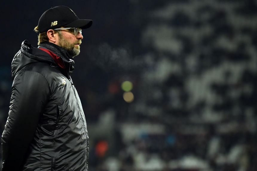 Jurgen Klopp played down talk of Liverpool feeling the pressure as they try to win their first league title since 1989-90.