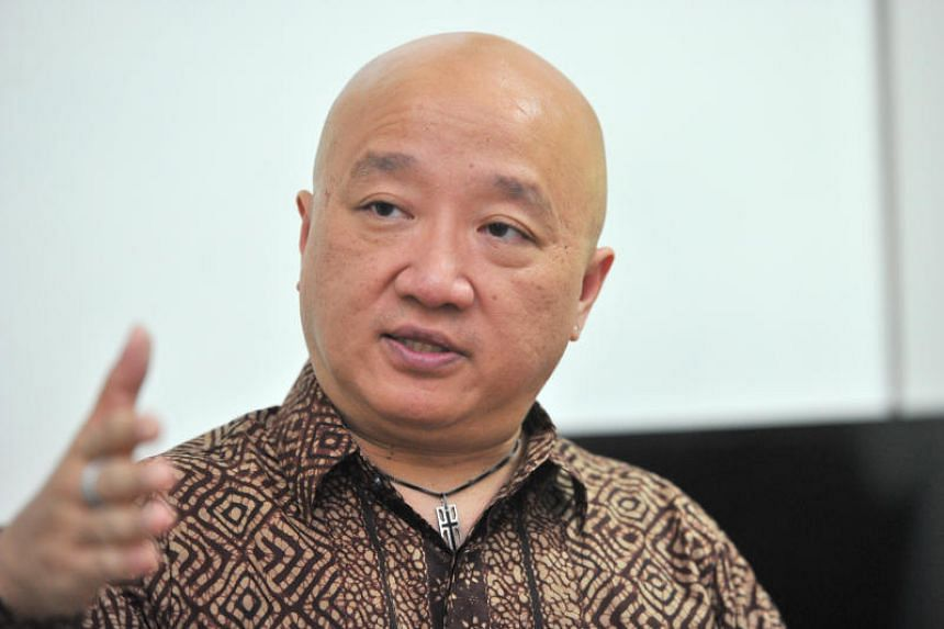 Former Democratic Progressive Party chief Benjamin Pwee declined to name the party, saying he would leave it to the party's leaders to announce his membership.